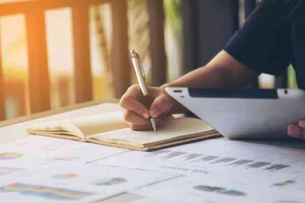 INTRODUCTION TO PROJECT WRITING FOR BEGINNERS